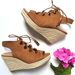 REPORT Daryll Espadrille Wedge Lace up Espadrille